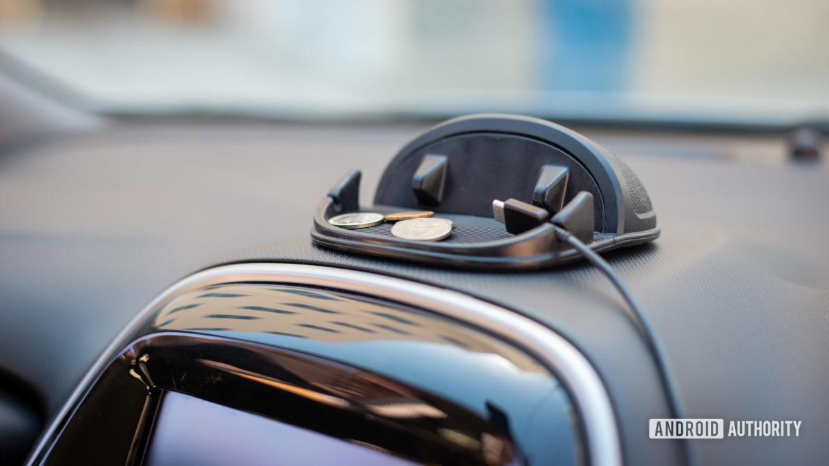 Đánh giá giá đỡ xe silicon Loncaster 6