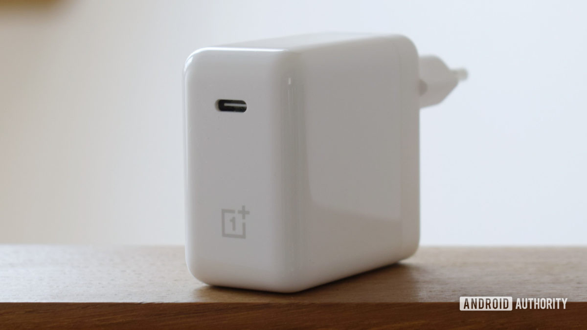 OnePlus Warp Charge 65 Cổng USB C