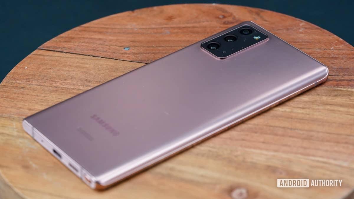 Cấu hình phía sau bên phải của Samsung Galaxy Note 20