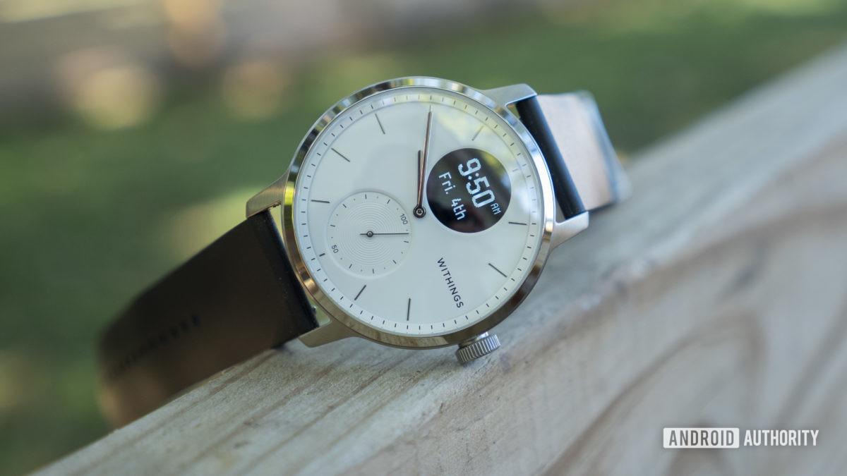 withings scanwatch đánh giá thiết kế mặt đồng hồ 4