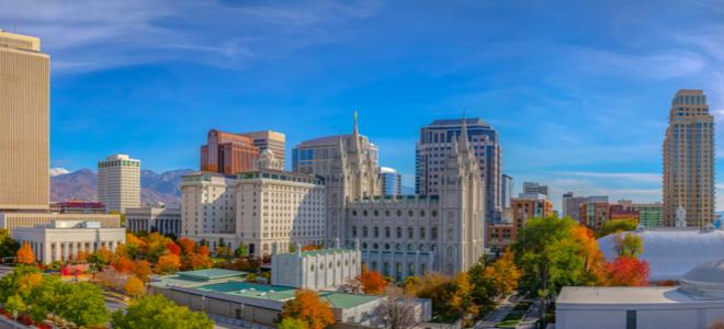 Các tòa nhà lớn ở trung tâm thành phố Salt Lake City, Utah