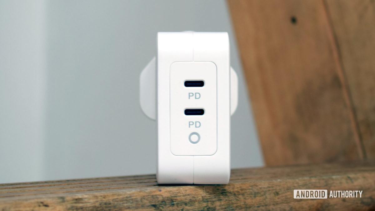 Đánh giá mặt trước của Bộ chuyển đổi nguồn Electjet 100W USB C PD