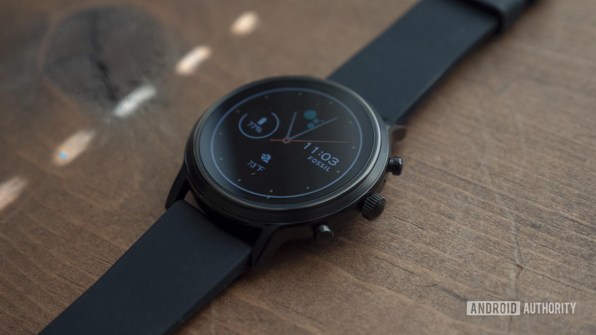 Đánh giá đồng hồ thông minh Fossil gen 5 mặt đồng hồ 8