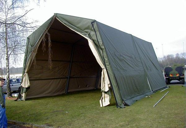 lều lớn để che nhà kho