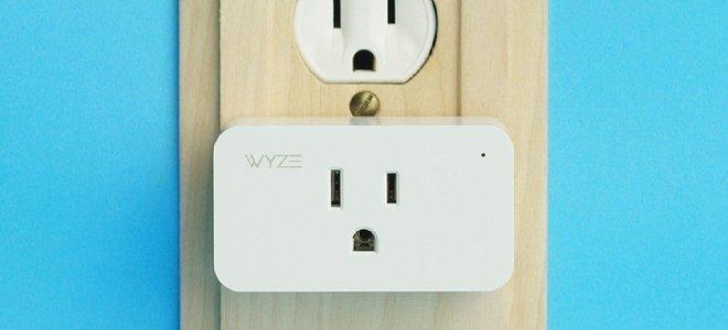 Ổ cắm thông minh Wyze cắm vào ổ cắm