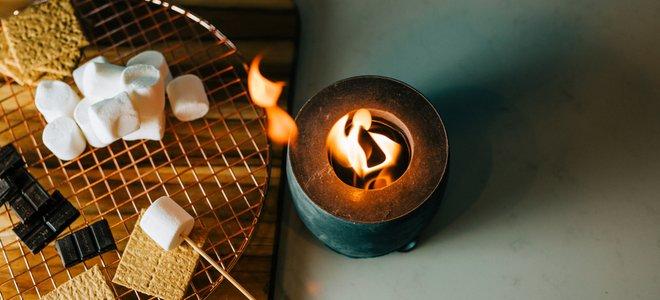 thêm nhiều nguyên liệu trên bàn với lửa nhỏ